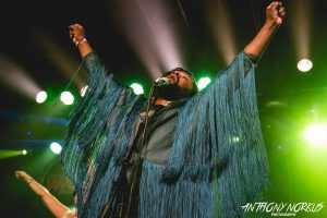 Colorful Set: Tunde Olaniran didn't disappoint with his inventive performance. (Photo/Anthony Norkus)